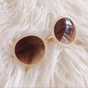 Retro Amber Round Sunglasses